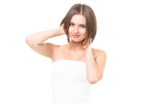 髪の毛の分け目について!前髪や分け目が気になる人への対策方法