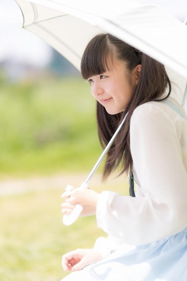 夏だけじゃない秋冬も 紫外線対策は必要!顔と髪を守る方法