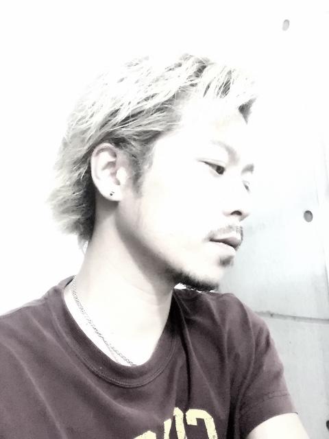 男性の白髪染めヘアカラーは美容室がおすすめ!カッコイイ髪型提案しちゃいます。