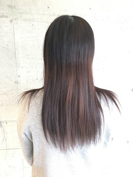 金沢市美容室anaglam(アナグラム)!黒染めヘアカラーからアッシュカラーに!スタイリスト仙石のサロンワーク