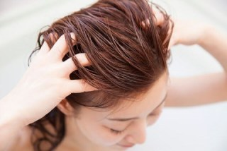 美容師4cmのヘッドスパには小顔効果が有る